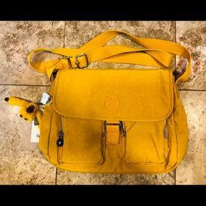 Kipling messenger bag NWT